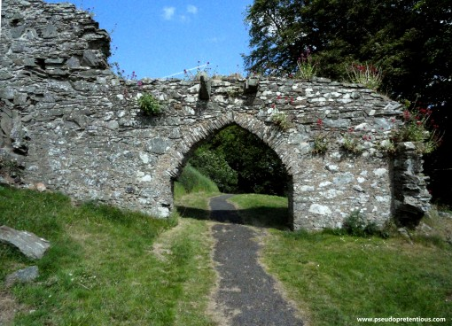 The gateway from the lower ward to the castle gatehouse.